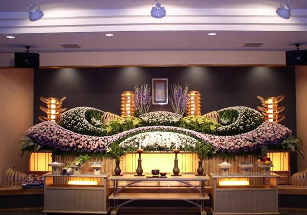 福岡県糸島市の葬儀場らかん-会葬者300名の大型葬儀の内容・金額のご案内