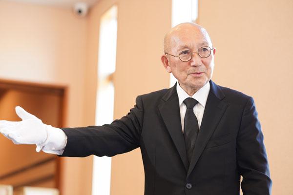 糸島の葬儀場「まごころ葬儀羅漢」スタッフ